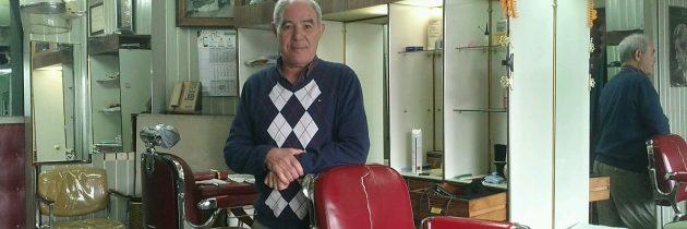 Rencontre (et coupe de cheveux) avec M. Hedi Guerbaa, coiffeur belgo-tunisien de Molenbeek depuis presque cinquante ans…